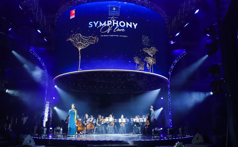 Sự kiện The Symphony Of Love và bốc thăm xe Mercedes GLC 200 tại The Manor Central Park ngày 14/12/2019 - 2